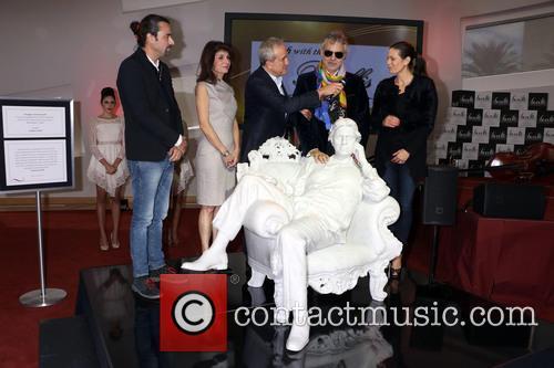 Gualtiero Vanelli, Camille Ruvo, Larry Ruvo, Andrea Bocelli and Veronica Berti 5
