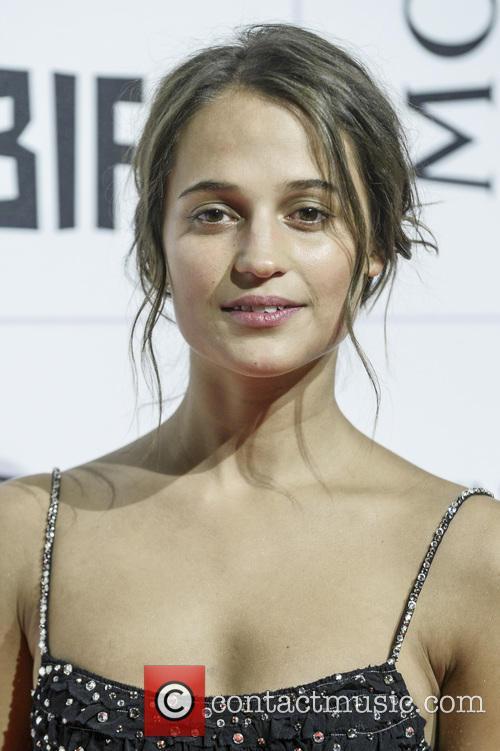 Alicia Vikander 3