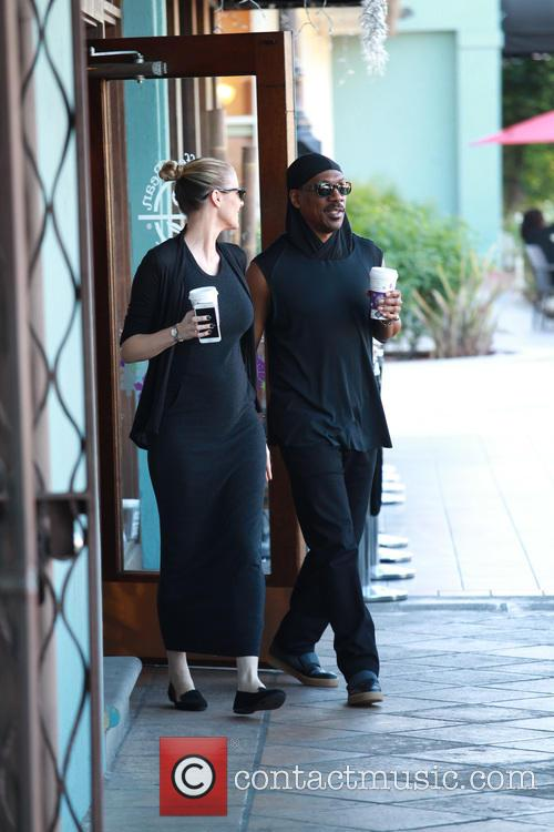 Eddie Murphy walks hand in hand with pregnant...