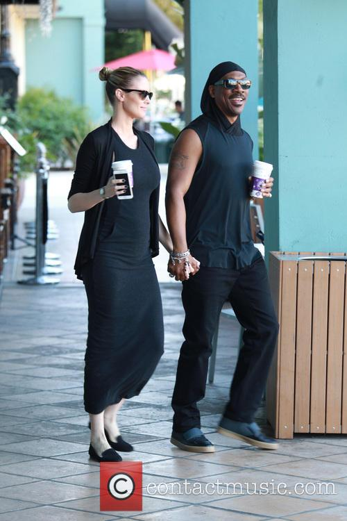 Eddie Murphy and Paige Butcher 11
