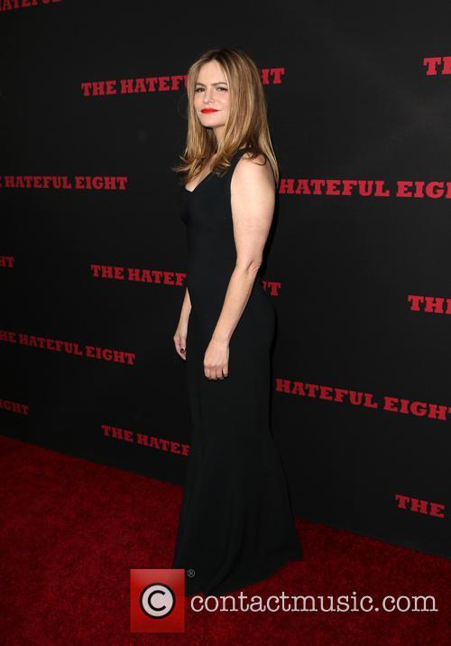 Jennifer Jason Leigh 5