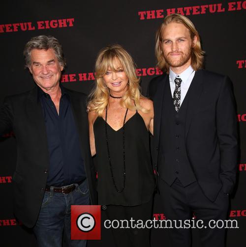 Kurt Russell, Goldie Hawn and Wyatt Russell 7