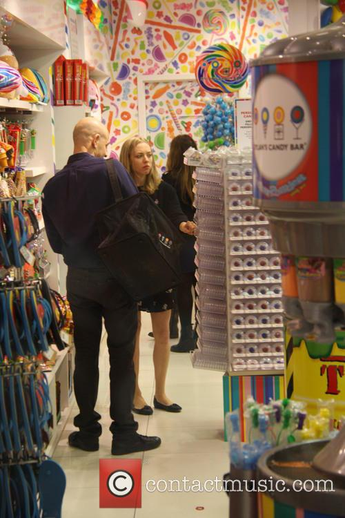 Amanda Seyfried shopping for sweets