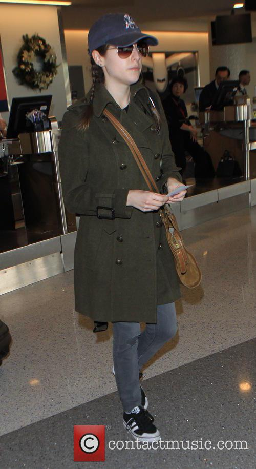 Anna Kendrick departs on a flight from Los...
