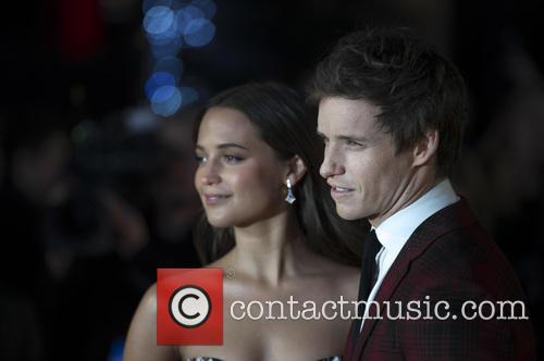 Alicia Vikander and Eddie Redmayne 4