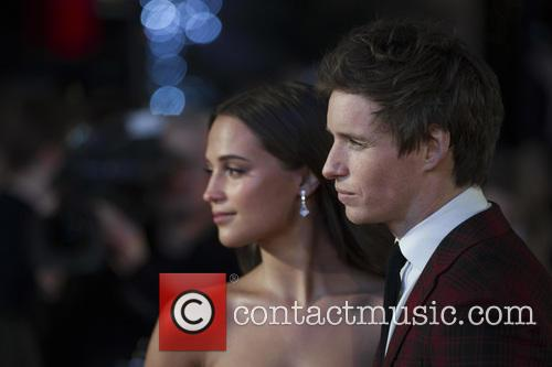Alicia Vikander and Eddie Redmayne 6