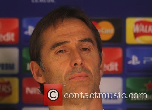 Julen Lopetegui, Manager of FC Porto and Danilo...