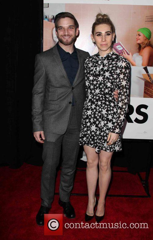 Evan Jonigkeit and Zosia Mamet 1