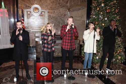 Pentatonix, Avi Kaplan, Scott Hoying, Kristie Maldonado, Mitch Garssi and Kevin Olusola 2