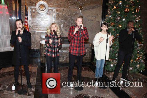 Pentatonix, Avi Kaplan, Scott Hoying, Kristie Maldonado, Mitch Garssi and Kevin Olusola 3