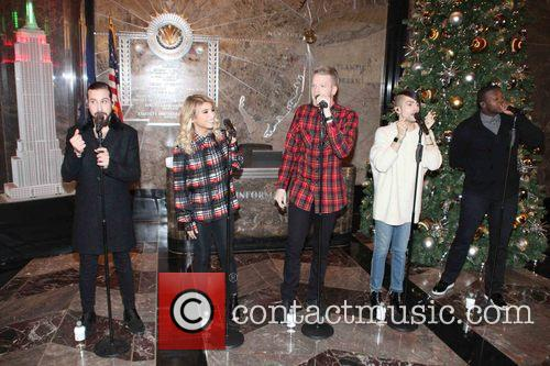 Pentatonix, Avi Kaplan, Scott Hoying, Kristie Maldonado, Mitch Garssi and Kevin Olusola 5