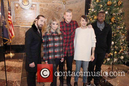 Pentatonix, Avi Kaplan, Scott Hoying, Kristie Maldonado, Mitch Garssi and Kevin Olusola 8