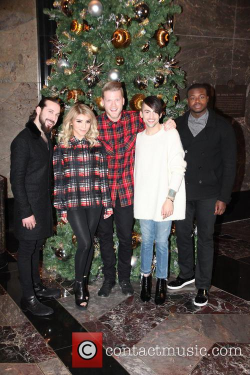 Pentatonix, Avi Kaplan, Scott Hoying, Kristie Maldonado, Mitch Garssi and Kevin Olusola 10