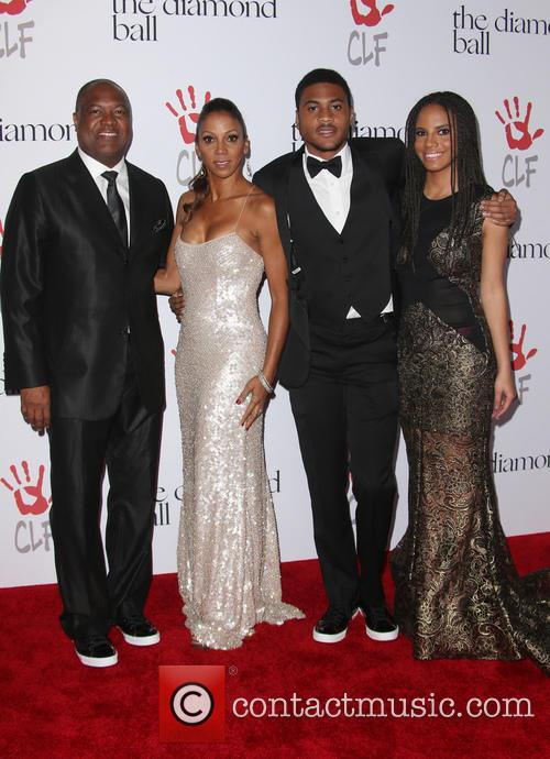 Rodney Peete, Holly Robinson Peete and Ryan Elizabeth Peete 1