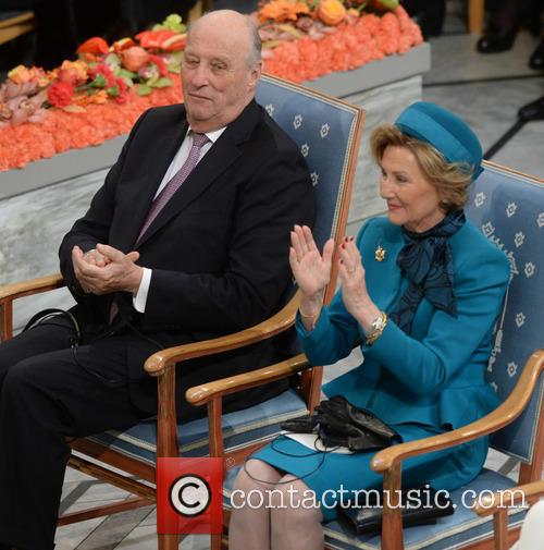 Peace, Kinh Harald V and Queen Sonja 3