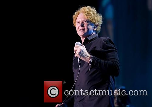 Mick Hucknall and Simply Red 3