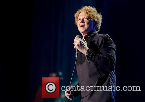 Mick Hucknall and Simply Red 9