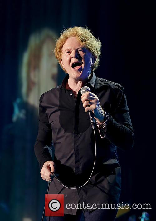 Mick Hucknall and Simply Red 10