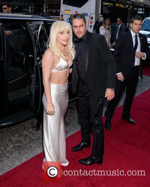 Lady Gaga and Taylor Kinney 4