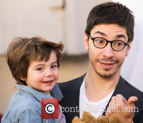 Justin Long and Guest 7
