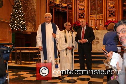 Senior Minister Stephen Bauman, Rabbi Emeritus Peter J. Rubinstein and Bill Bratton 1