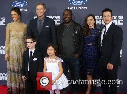 Alessandra Ambrosio, Will Ferrell, Hannibal Buress, Linda Cardellini, Mark Wahlberg, Owen Vaccaro and Scarlett Estevev 4