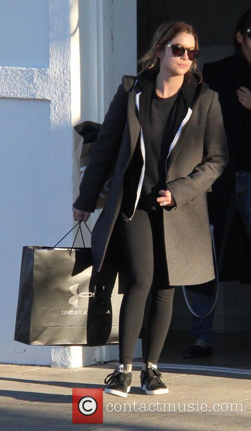 Ashley Benson 4