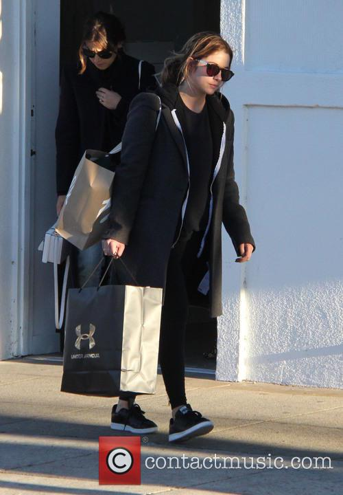 Ashley Benson 8