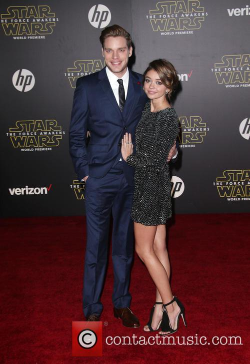 Domnic Sherwood and Sarah Hyland 1