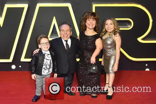 Warwick Davis, Guests and Star Wars 3