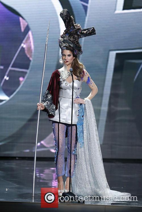 Miss Spain and Carla Barber Garcia 1