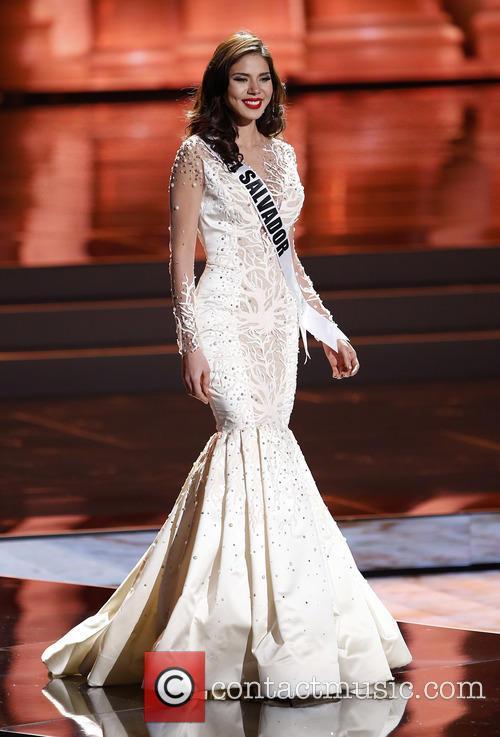 Miss El Salvador and Fatima Idubina Rivas 2