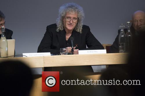 Brian May and Stephen Hawking 4