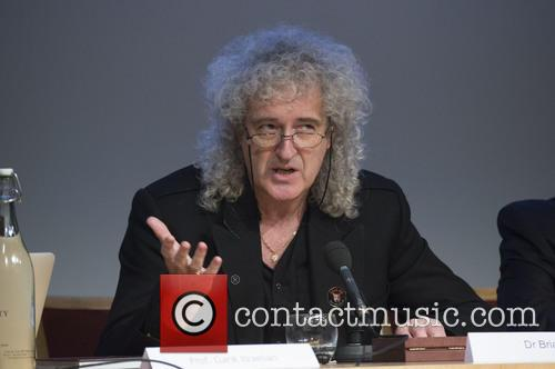 Brian May and Stephen Hawking 5
