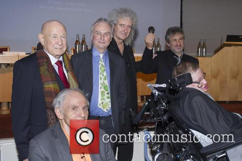 Brian May, Professor Sir Harry Kroto, Alexei Leonov, Dr Richard Dawkins, Professor Garik Israelian and Stephen Hawking 9