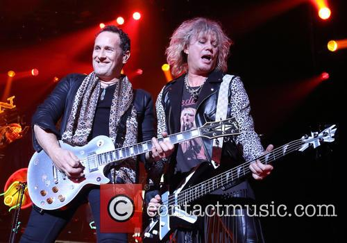 Def Leppard, Vivian Campbell and Rick Savage 11