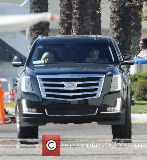 Gwen Stefani and Blake Shelton 11