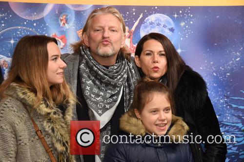 Annabell Tuenschel, Frank Kessler, Therese Tuenschel and Doreen Tuenschel 1