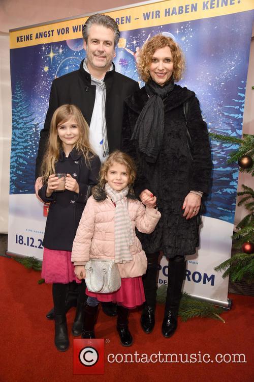 Heiko Braun, Heike Kloss, Daughter Olivia and Daughter Magda 1