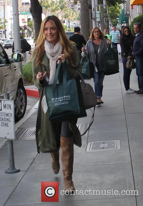 Cat Deeley laden with bags of food shopping...