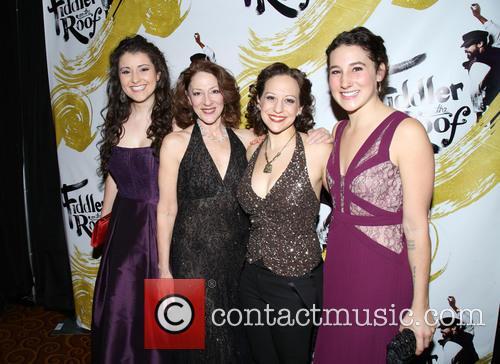 Tess Primack, Lori Wilner, Jennifer Zetlan and Sarah Parker 1
