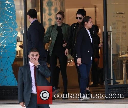 Kendall Jenner and Gigi Hadid 10