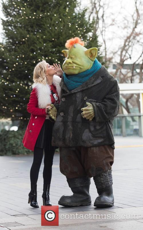 Denise Van Outen and Fungus The Bogeyman 1