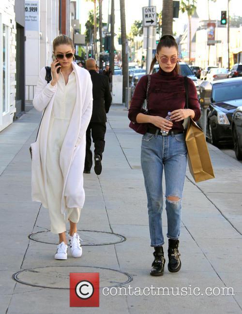 Bella Hadid and Gigi Hadid 2