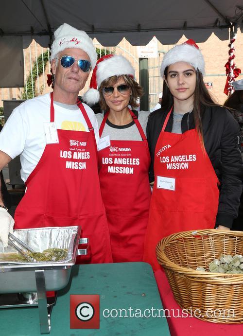 Harry Hamlin, Lisa Rinna and Amelia Hamlin 8