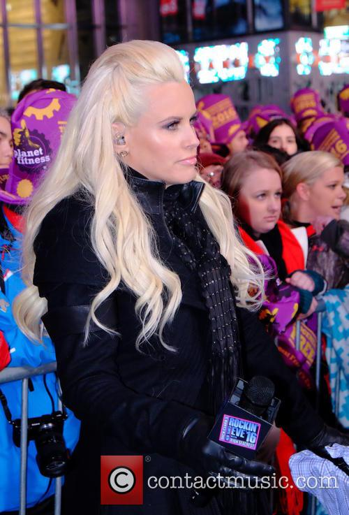 Jessie J, Jenny Mccarthy, Vanilla Ice, Wiz Kalif, Carrie Underwood and Ryan Secreast 4
