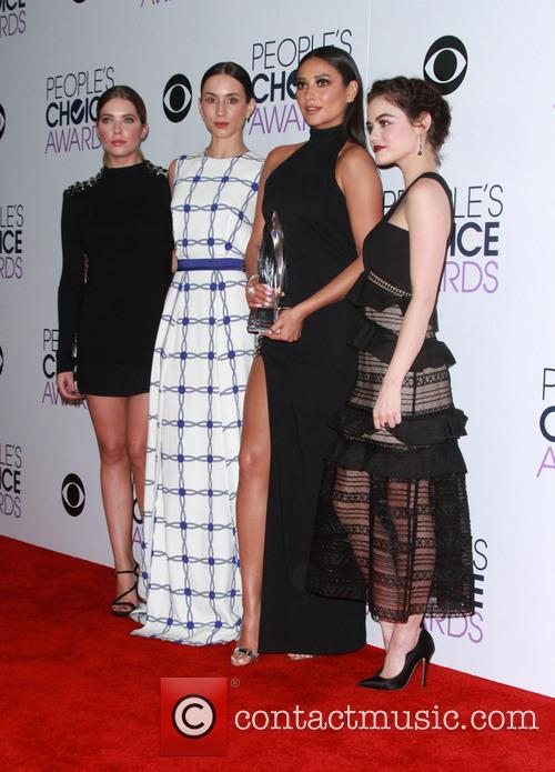 Ashley Benson, Troian Bellisario, Shay Mitchell and Lucy Hale 1