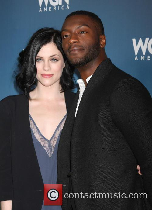 Jessica De Gouw and Aldis Hodge 5