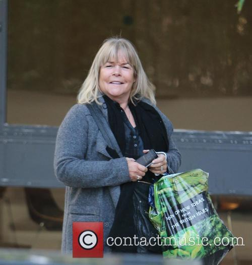 Linda Robson 7