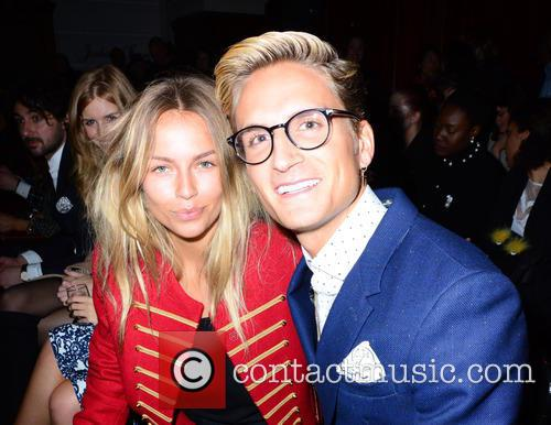 Emma Lou Connolly and Oliver Proudlock 8